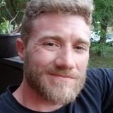 Jakemclean from O'Fallon | Man | 32 years old | Cancer
