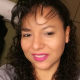 Rosa from Salem   Woman   40 years old   Leo