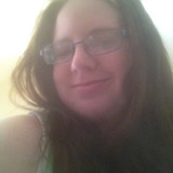 Amanda from Hickory Hills | Woman | 28 years old | Capricorn