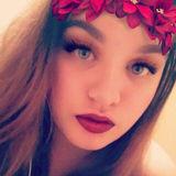 Alohi from Kailua | Woman | 22 years old | Aquarius