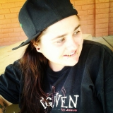 Samsam from Roseville   Woman   28 years old   Cancer