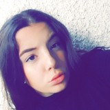 Maeva from Antibes | Woman | 19 years old | Gemini