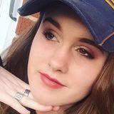 Bee from Burgettstown | Woman | 25 years old | Leo