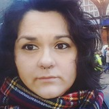 Angi from Cambridge | Woman | 32 years old | Cancer