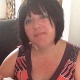 Debbie from Bedford | Woman | 53 years old | Aquarius