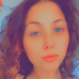 Camrieehv from Morganton | Woman | 24 years old | Cancer