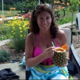 Kelly from Chicopee | Woman | 48 years old | Taurus