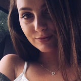 Chloe from Church Hill | Woman | 22 years old | Capricorn