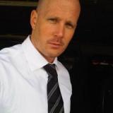 Tom from Singapur | Man | 44 years old | Capricorn