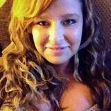 Nadia from Saint Clair Shores | Woman | 22 years old | Taurus
