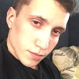 Jayjay from Saint-Jerome | Man | 24 years old | Cancer