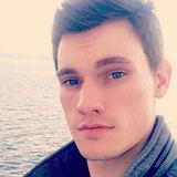 Walker from Belfair | Man | 26 years old | Taurus