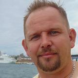 Kimlarsen from Shellharbour Village   Man   44 years old   Gemini