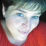 Chrystal from Warren | Woman | 39 years old | Cancer