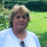 Maxi from London   Woman   56 years old   Aries