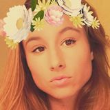 Carly from Daytona Beach | Woman | 21 years old | Cancer