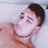 Razvan from Offenbach | Man | 22 years old | Aries