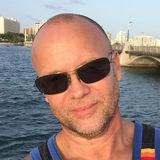 Roberto from San Juan | Man | 60 years old | Libra
