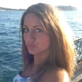 Zeliha from Essen   Woman   29 years old   Taurus