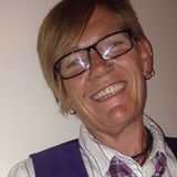 Mishca from Tamworth | Woman | 50 years old | Taurus
