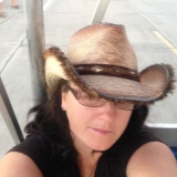Babriej from Sebring | Woman | 35 years old | Capricorn