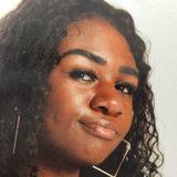Meeks from Bellingham | Woman | 21 years old | Scorpio